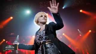 The Cranberries' Lead Singer Held for Assaulting Air Hostess - TOI