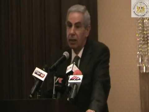الوزير/طارق قابيل خلال توقيع اتفاقية المجلس المصرى الصينى للصناعات النسيجية