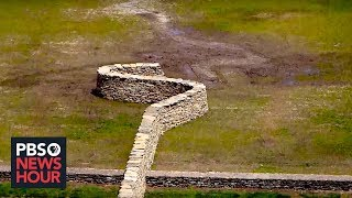 Why Sculptor Andy Goldsworthy Is Tearing Down Walls -- And Then Rebuilding Them