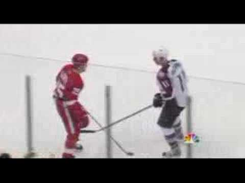Darren McCarty vs. Cody McCormick