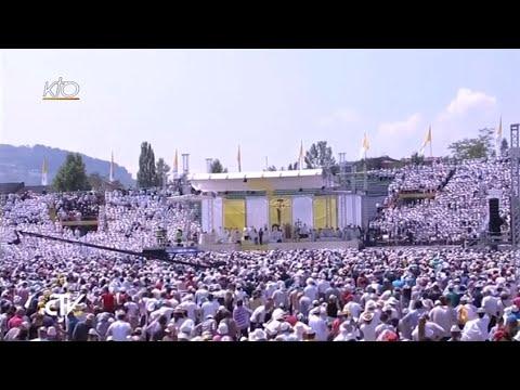 Messe du Pape François au stade olympique de Sarajevo