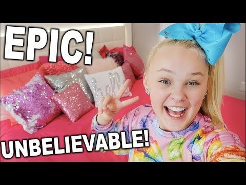 JoJo Siwa's ROOM TOUR! **YOU MUST SEE TO BELIEVE**!