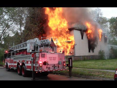 Chicago Fire Department | Fire Video | Fire Truck Videos 5-24-2015 2-11 ALARM