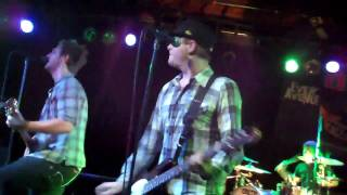 Every Avenue-Girl Like That Live @The Glasshouse