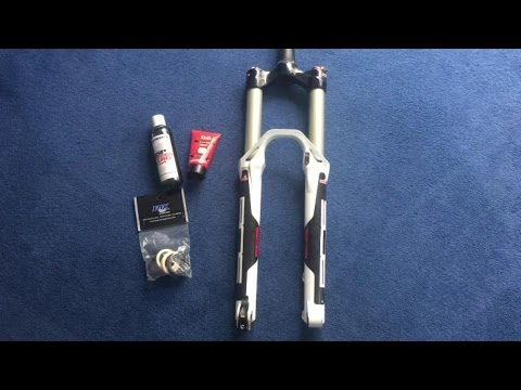 How to service the BOS Deville fork