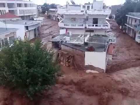 Πλημμύρες-εφιάλτης σε Μάνδρα, Νέα Πέραμο και Μέγαρα — Ποτάμια και πάλι οι δρόμοι (βίντεο)