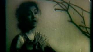 Duniya Ne Teri Duniya Wale (Deedar 1951) - YouTube