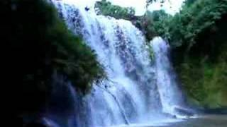 preview picture of video 'Waterfall near Banlung, Ratanakiri, Cambodia'