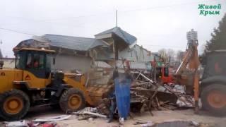 Яркие моменты сноса незаконных построек в Крыму
