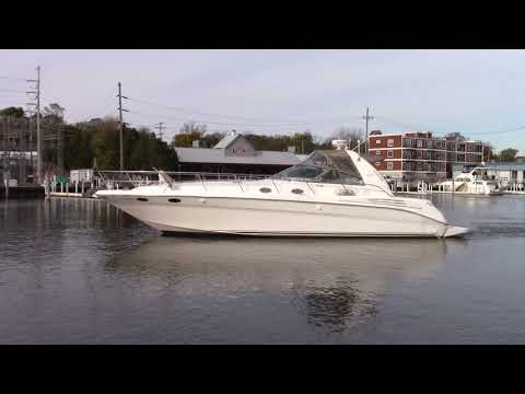 Sea Ray 400 Sundancer video