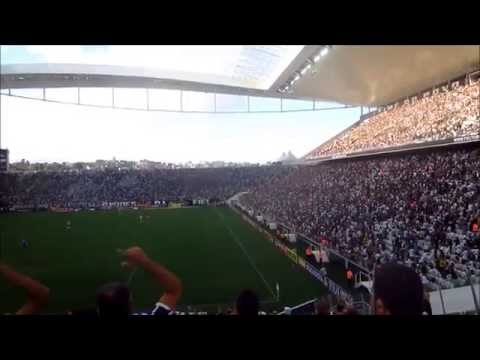 Veja a festa da Fiel nas arquibancadas na vitória do Corinthians por 3 a 0 sobre o Mogi Mirim