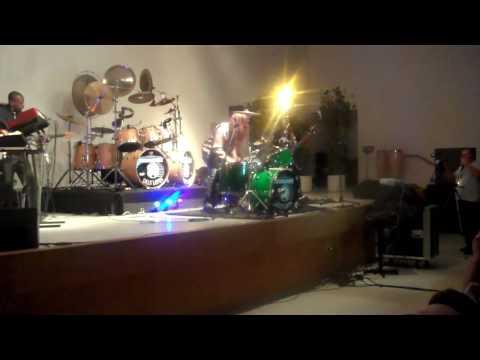 Drummadness Presents Dean Lopes