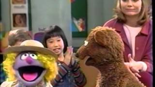 Sesame Street (#3705): Baby Bear Tries to Count Backwards