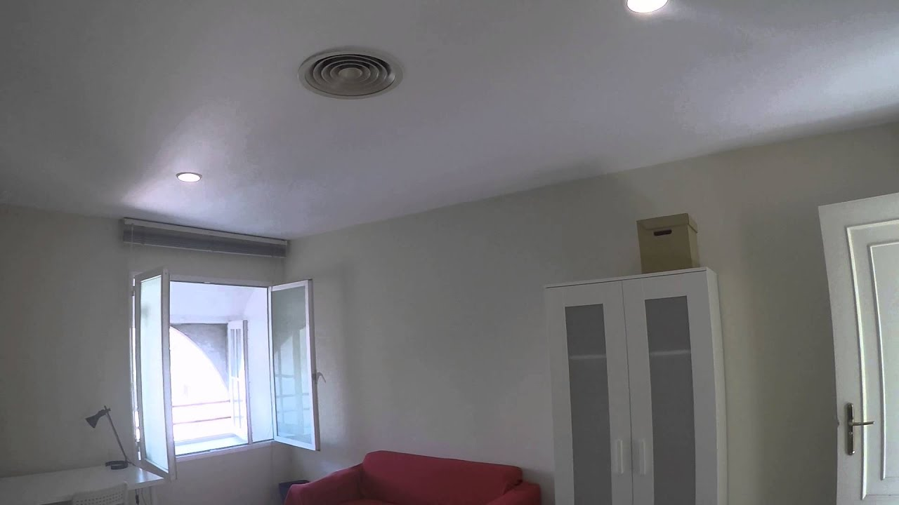 Light room with independent key in shared apartment, Ciutat Vella