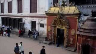 preview picture of video 'Bhaktapur durbar square'