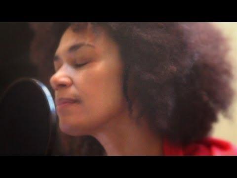 Yasmine Modestine - Ain't no sunshine (cover)