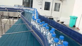 Chain Conveyor Used For Kinley Water Bottles By Beeta Conveyors