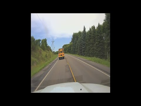 Authorities stop runaway school bus in Minnesota