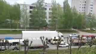 Киров. Кортеж патриарха. vk.com/zlo43