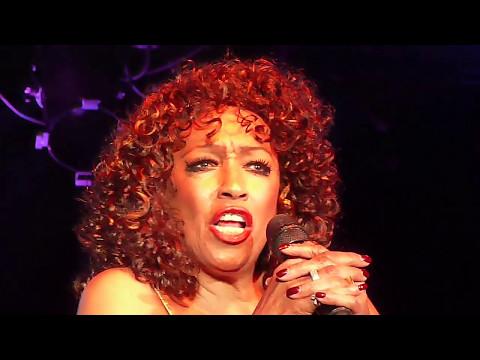 Sheila Ferguson 'Woman in love' [Live]