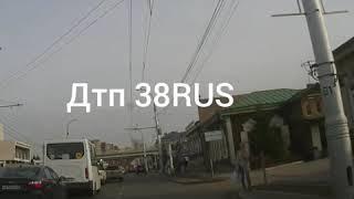Водителю автобуса 74 стало плохо. Пассажиры сами остановили автобус.