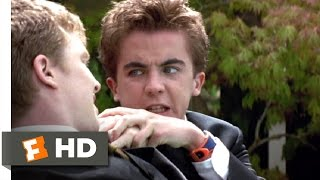 Agent Cody Banks Clip – Cody Kicks Butt