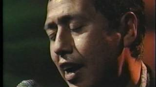 """Video thumbnail of """"ALEJANDRO ESCOVEDO """"Falling Down Again/Gravity"""" on AMN's Solo Sessions 1996"""""""