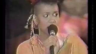 Bow Wow Wow Live MTV New Year's Eve Ball 31.12.81