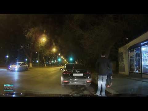 """""""Машиной никто не управлял"""": задержание водителя с бутылкой"""