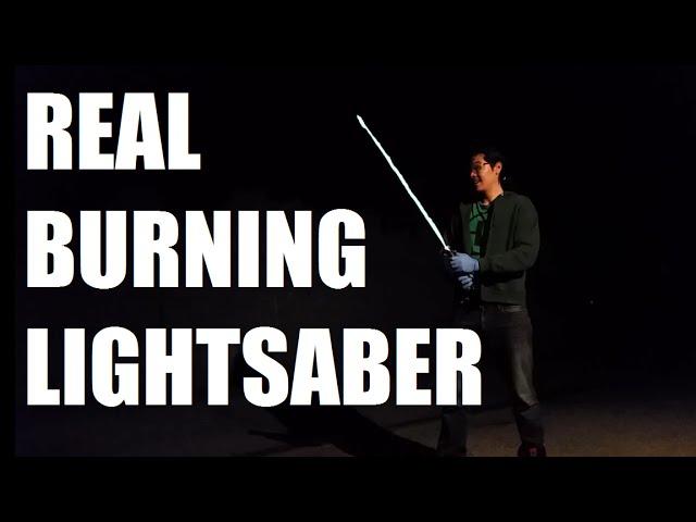 Инженер разработал световой меч, работающий нагазу