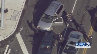 VIDEO: Police chase ends in attempted carjacking