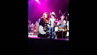 Wynonna Judd: Part 1  Jake Special Moment on stage