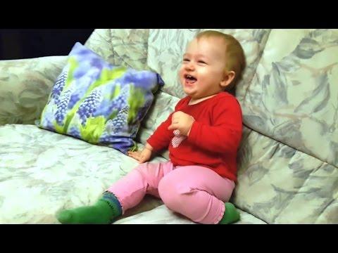 לקט חמוד במיוחד של תינוקות צוחקים