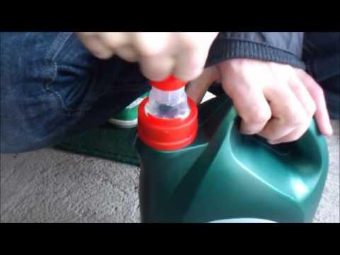 Des Aktes auf die Abbuchung des Benzins