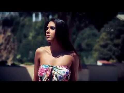 Julio Iglesias - Por Un Poco De Tu Amor
