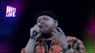 Tom Walker stuns the crowds with 'Leave A Light On' | Hits Live