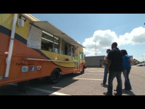 mp4 Food Truck Airport, download Food Truck Airport video klip Food Truck Airport