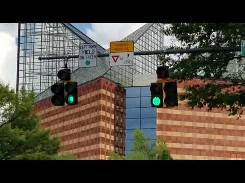 Durasig And Peek Doghouse Traffic Lights