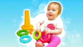Дада игрушки. Бьянка и Развивающие игрушки - пирамидка. Для малышей.