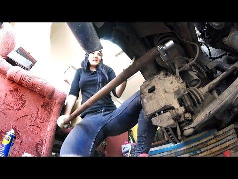 Ремонт Lancer в тяжелых гаражных условиях