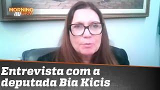 Bia Kicis fala tudo sobre a saída de Salles, PEC do voto impresso e polêmica da Covaxin