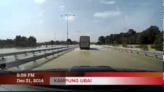 preview picture of video 'Jalan Kuantan Pekan 31 12 2014 Jam 3 ptg'