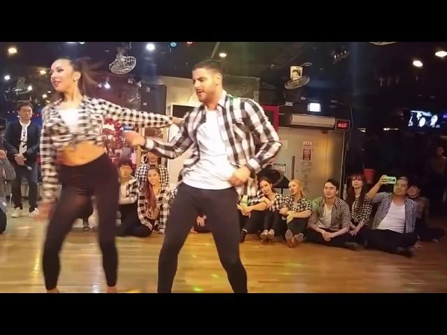 Luis & Andrea - Vicky Corbacho - Qué Bonito