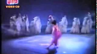 Taron me sajke apne sooraj se dekho dharti chali   - YouTube
