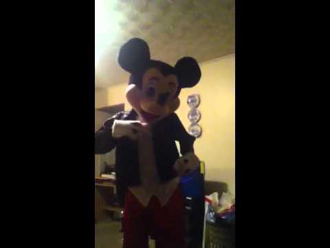 Naija Mickey Mouse Dancing 2 Iyanya - Kukere