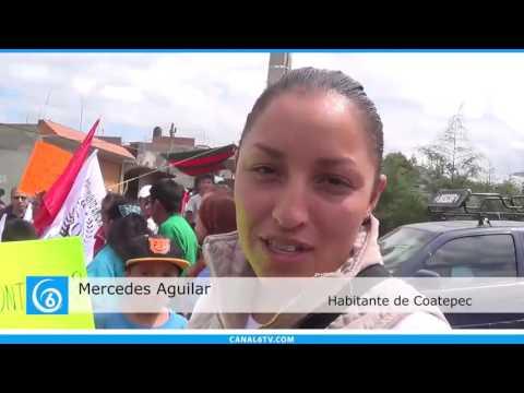 Banderazo de introdución de drenaje en la colonia Rosa de Castilla en Coatepec