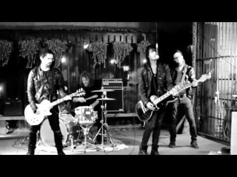 Bad Romantics - Falling [Official Video]