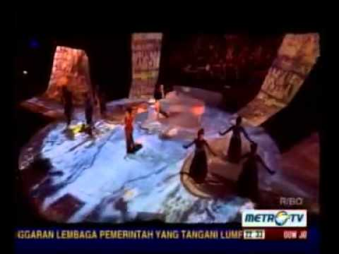 Deluxe Symphony Metro Tv with Andi Rianto & Magenta Orchestra Part 2 - 7