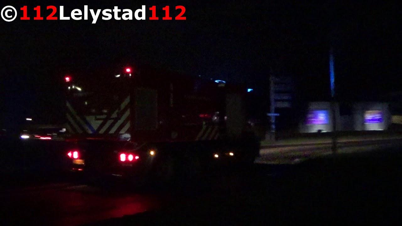 Grote Brand Zeewolde Bosruiterweg Brandweer Lelystad met spoed onderweg PRIO1 5151 8062 5132