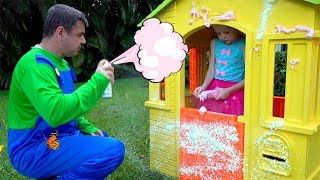 Stacy builds and repairs playhouses.